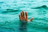 Nghệ An: Rủ nhau tắm đập sau buổi tổng kết năm học, nam sinh 13 tuổi tử vong