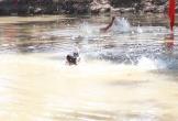 2 anh em họ bị đuối nước thương tâm tại hồ tưới trong vườn nhà