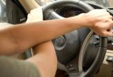 Những tư thế cầm vô lăng tiềm ẩn nguy cơ gây tai nạn