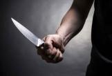 Mâu thuẫn tiền bạc, người đàn ông cầm kéo đâm bạn tình đồng tính tử vong