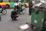 Xót xa thai nhi bị vứt bỏ cạnh bãi rác, ô tô đi đường đè trúng thương tâm