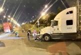 Người đàn ông đi xe máy tử vong sau va chạm với xe container