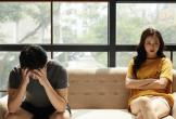 Tặng quà lần nào cũng bị vợ mắng