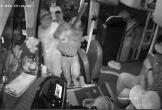 Nhóm người mang tuýp sắt, dao hành hung tài xế xe khách