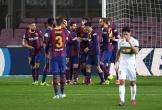 Lập cú đúp, Messi lại đánh thức Barcelona