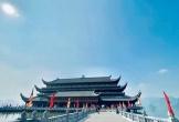 Giới trẻ check-in chùa Tam Chúc dịp đầu năm