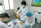 Gần 7.000 nhân viên y tế đều âm tính với SARS-CoV-2