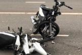 Xe máy đối đầu, 2 người thiệt mạng